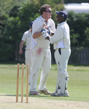 Abingdon Vale vs. Tiddington, Division 2 2011